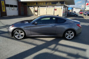2009 Hyundai Genesis Coupe (2 door)