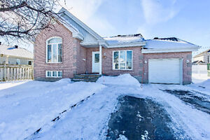 Charming 3 bedrooms house for sale in Vaudreuil-Dorion