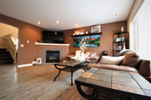 HOME FOR SALE IN SPRUCE GROVE - 13 LAMPLIGHT COVE