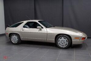 1989 Porsche 928 S4 Coupe - rare manual transmission, low km
