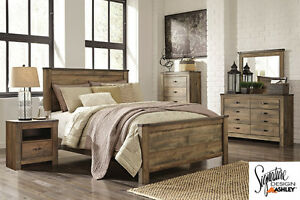 Brand NEW Trinell Complete Queen Bed! Call 613-389-6664!