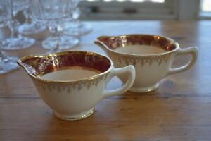 22C Gold Creamers.....old school, great condition!