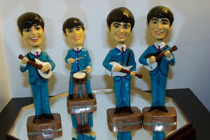 1964 Beatles Car Mascots figurines de 8 pouces Bobbleheads