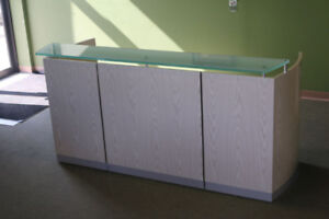 * Modern Reception Desk with glass counter top * 2 Modern colors
