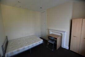 4 bedroom flat in Banbury Road, Oxford, OX2(Ref: 28)