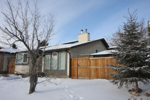 Open House Sunday 2-4pm Extensively Renovated with Triple Garage