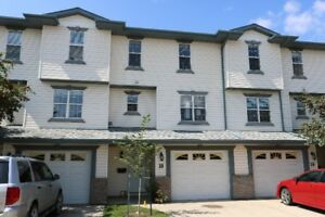 18 KERRY WOOD MEWS, RD-SPACIOUS 3 BEDROOM CONDO