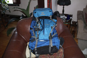 2 x Arcteryx arc'teryx Bora 62 & cierzo 35 Liter backpacks