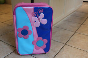Adorable girls luggage small size great for toddler/preschooler