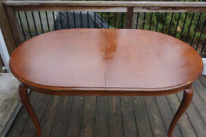 Dining Table – Brand: Gibbard,  Antique, Cherry wood, Oval