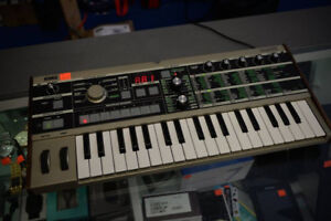 Korg MicroKorg 37-Key Synthesizer/Vocoder