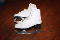 Girls (or Woman's) Pair of Ice Skates - Size 4