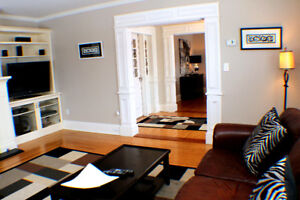 Executive 2 bedroom home in Georgetown - Available Immediately