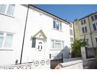 2 bedroom house in Dalton Square, Lower Kingsdown, Bristol, BS2 8JU