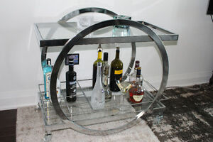 Fancy Stainless Steel Mini Bar on Wheels for Sale