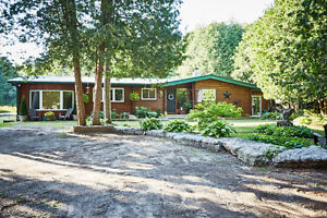 Incredible Country Property Must Be Seen To Be Appreciated!