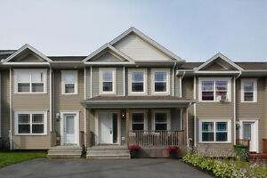 Fabulous Townhouse in a Great Dartmouth Location
