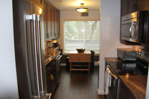 Townhouse, Garden and patio, 2 Bed, 1 Bath, North Burnaby Rent