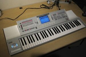 Korg M3 XPANDED 61 notes à vendre