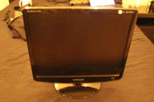 """Samsung SyncMaster 932BF - LCD gaming monitor - 19"""""""