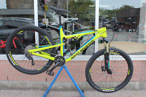 2016 Rocky Mountain Thunderbolt 730 *NEW PRICE* Save $600.00