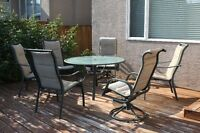 Patio Furniture (6 chairs, 1 table)