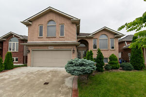 RAISED RANCH IN WALKERGATE!! OPEN HOUSE THIS SUNDAY 2-4PM!!