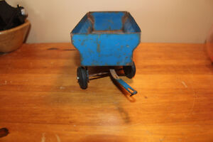 Vintage Tin Toy Farm Wagon - Blue London Ontario image 4