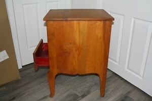 antique 3 drawer chest Regina Regina Area image 6
