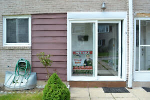 NICE and CLEAN HOUSE FOR SALE in ETOBICOKE