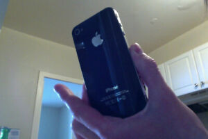 Black iPhone 4 8GB, Locked to Fido