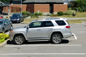 Toyota 4runner limited awd 7 passagers