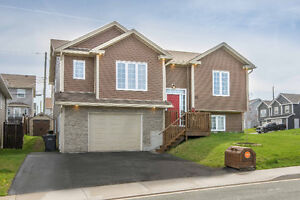 OPEN HOUSE Feb 26 2-4! 33 Blue Jay Place-$370,000-MLS®#:1151604