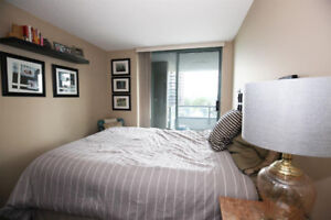 Brentwood Town Cozy & Clean 2bed & 2bath Condo near Skytrain