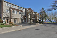 BLACK FRIDAY SALE! BRONTE HARBOUR CONDO TOWNHOME WITH LAKEVIEWS