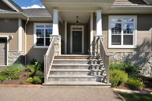 Lakefront Executive Bungalow in St. Andrews Village/Fall River