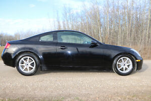 2006 Infiniti G35 sport Coupe (2 door)