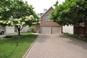 4 Bedroom Home on Family Friendly Street in Hunt Club Park