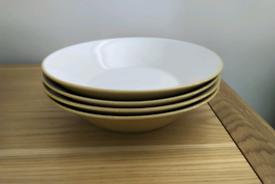 Yellow Pasta Bowls x4
