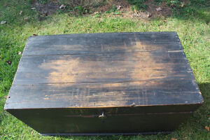Old Antique Settler's Box/Chest London Ontario image 6