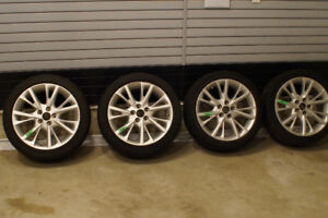 225/45 R18 all-season tires and quality aluminum rims for sale