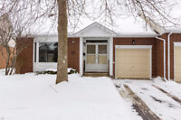 End unit bungalow in adult lifestyle community in Amberwood!