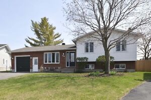Wonderful 3+1 Bed, 2 Bath Home on a Pie-Shaped Lot in Rockland!