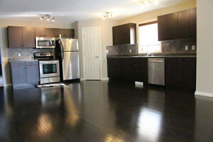 3-BEDROOM Townhouse with DOUBLE ATTACHED GARAGE