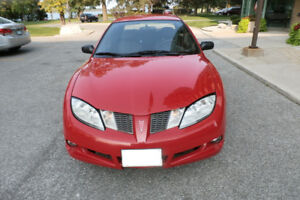 2005 Pontiac Sunfire, Only 77,267 Kms ( Safetied & E-Tested )