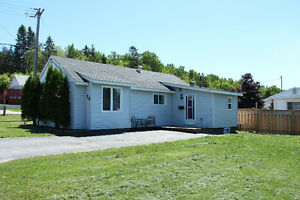 NEW LISTING!  RENOVATED BUNGALOW!