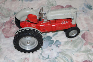 Large Ford Tractor by Hubley KiddieToys USA