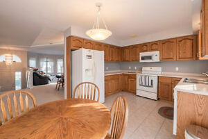 124 CHERRIE OPEN THURSDAY 4 - 7 P.M. Windsor Region Ontario image 3