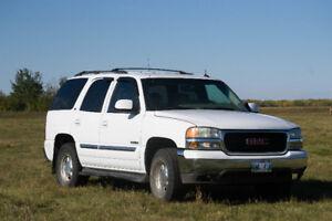 2003 GMC Yukon SLT SUV, Crossover - REDUCED!