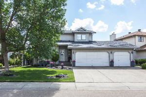 Beautiful 4 Bedroom Home in Twin Brooks with Triple Garage